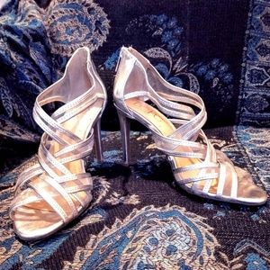 BCBG, Women Size 8 High Heel
